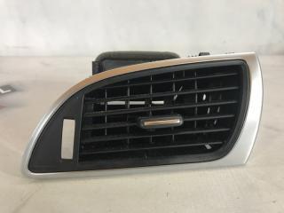 Дефлектор воздуховода Audi A6 2013 года