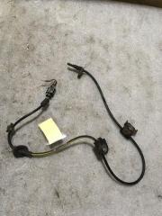 Запчасть датчик abs передний левый Subaru Legacy (B13) 2003-2009