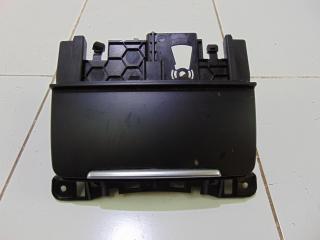 Запчасть пепельница центральной консоли AUDI Q5 2011