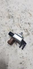 Запчасть электромагнитный клапан Mazda 3