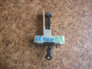 Запчасть ограничитель двери задний левый LEXUS LS460 2009