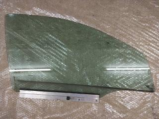 Стекло передней правой двери OPEL ASTRA-H (2004-2015)