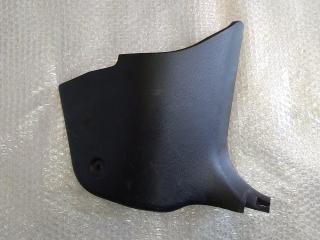 Накладка в ногах правая MAZDA 3 (BK) 2002-2009