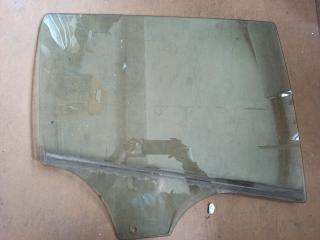 Стекло двери MAZDA 3 (BL) 2009-2013