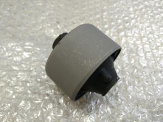 Сайлентблок переднего рычага задний передний TOYOTA CAMRY 50 (2011-2014)