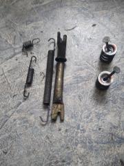 Механизм стояночного тормоза Nissan Sunny FB15 QG15 2000 задн. прав. (б/у)