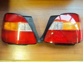 Запчасть фонарь задний задний правый Toyota Aristo