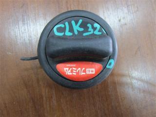 Запчасть крышка бензобака Mercedes-Benz CLK 2004