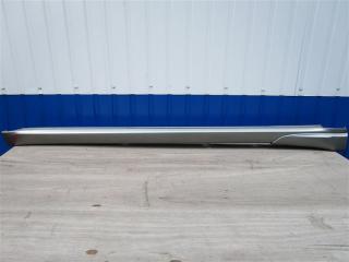 Запчасть накладка на порог правая Subaru Legacy