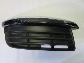 Запчасть решетка в бампер передняя правая Volkswagen Jetta