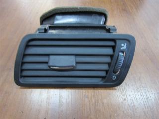 Запчасть дефлектор передний левый Volkswagen Passat 2006