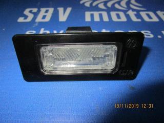 Запчасть подсветка номерного знака задняя Audi A4 2008