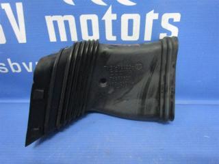Запчасть патрубок воздушного фильтра Ford Focus 2009г.