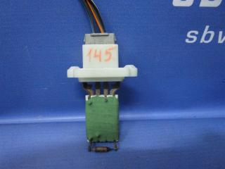 Запчасть резистор отопителя Ford Focus 2009г.