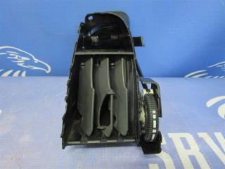 Запчасть дефлектор воздуходува центральной консоли Mercedes-Benz Vito 2005