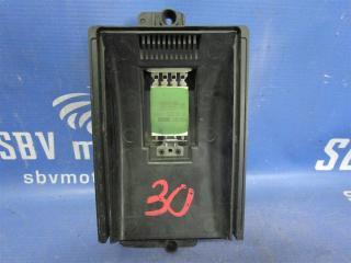 Запчасть резистор отопителя Volkswagen Golf 4 2004