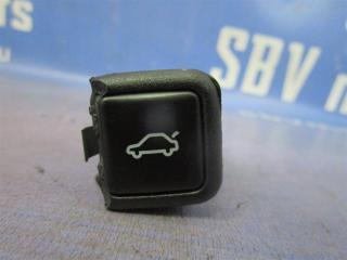 Запчасть кнопка открывания багажника Audi A6 1999