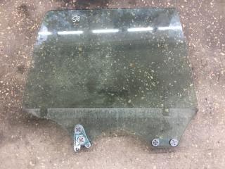 Стекло заднее правое Subaru Forester 2003