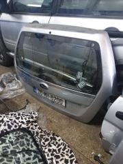 Крышка багажника Subaru