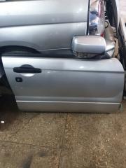 Дверь передняя правая Subaru
