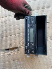 Магнитофон Subaru Impreza 2001