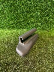 Запчасть заглушка полозьев сидения передняя левая TOYOTA CHASER