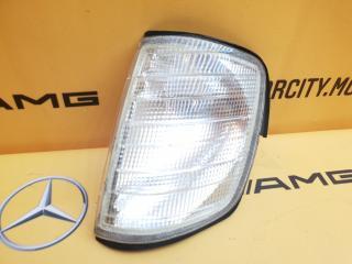 Поворотник левый Mercedes-Benz W124 M104.942 2.8 контрактная