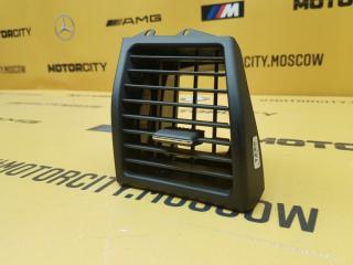 Дефлектор салона правый Mercedes-Benz W140 M104.994 3.2 контрактная