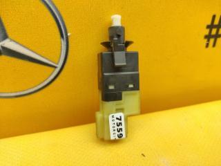 Концевик педали тормоза Mercedes-Benz W639 M112.951 3.2 контрактная
