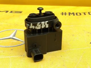 Блок клапанов пневмоподвески Mercedes-Benz W639 M112.951 3.2 контрактная