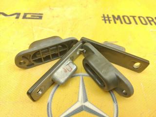 Ограничители дверей задние Mercedes-Benz W638 M104.900 2.8 контрактная