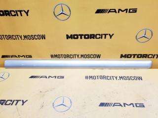 Молдинг двери передний правый Mercedes-Benz W638 M104.900 2.8 контрактная