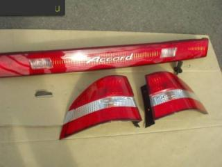 Фонарь стоп-сигнала левый Honda Accord Wagon 2000