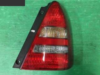 Фонарь стоп-сигнала правый Subaru Forester 2003