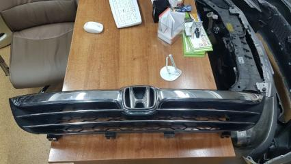 Запчасть решетка радиатора передняя Honda Stepwgn 2006