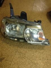 Запчасть фара передняя правая Honda Stepwgn 2003-2005