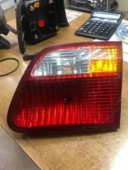 Запчасть фонарь вставка багажника задний правый Honda Civic 2000