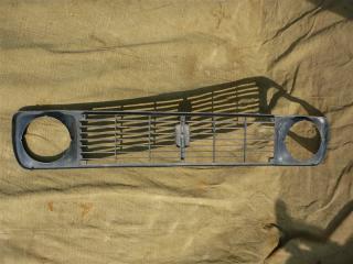 Запчасть решетка радиатора ВАЗ 2131 2001