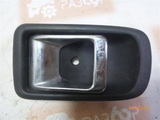 Запчасть ручка двери внутренняя Daihatsu Storia 1998