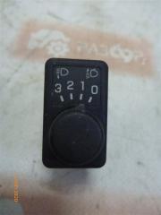 Запчасть кнопка Nissan Primera 2002