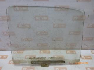 Запчасть стекло двери переднее правое ВАЗ 2121 1980