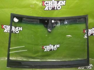 Лобовое стекло переднее A200