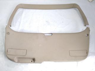 Обшивка двери багажника задняя TOYOTA GAIA 2000