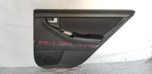 Обшивка дверей задняя правая TOYOTA COROLLA FIELDER 2000.10