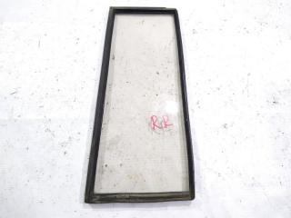 Запчасть стекло двери заднее правое NISSAN SAFARI 1989