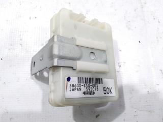 Блок управления дверьми передний HONDA HRV 2002