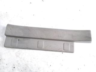 Запчасть накладка на порог салона задняя левая NISSAN XTRAIL 2004