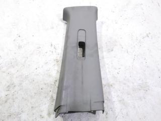 Обшивка стойки кузова задняя правая NISSAN XTRAIL 2001