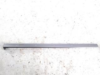 Накладка на торпеду передняя правая NISSAN XTRAIL 2001