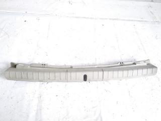 Пластик замка багажника TOYOTA PRIUS 2009